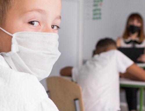 Des masques pour les enfants des écoles